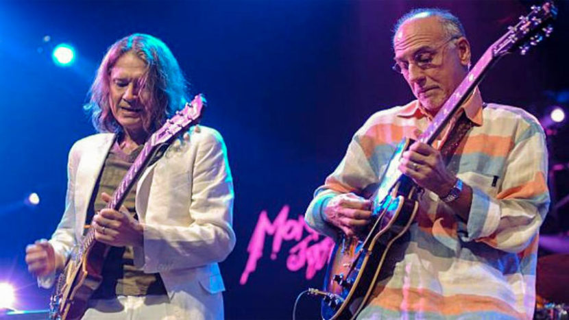 Larry Carlton & Robben Ford - Live in Montreux (2007)