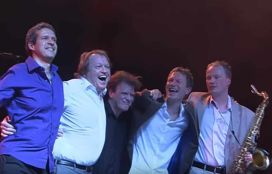 Level 42 - Live in Holland (2009)